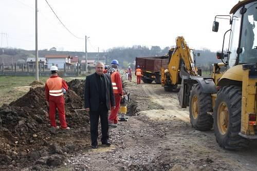 După Băneşti, reţeaua de canalizare va fi introdusă şi în satul Urleta