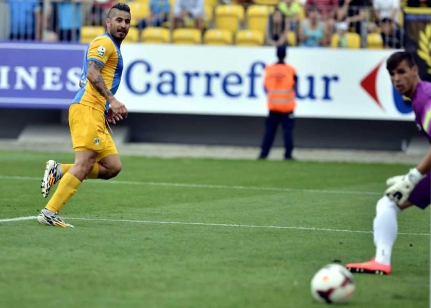 Mutu a marcat cel mai rapid gol din carieră și a deschis balul de sub soarele torid!