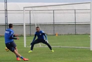 Petrolul caută încă primul succes și cel dintâi gol în stagiul din Antalya. Remiză albă cu echipa lui Cosmin Contra