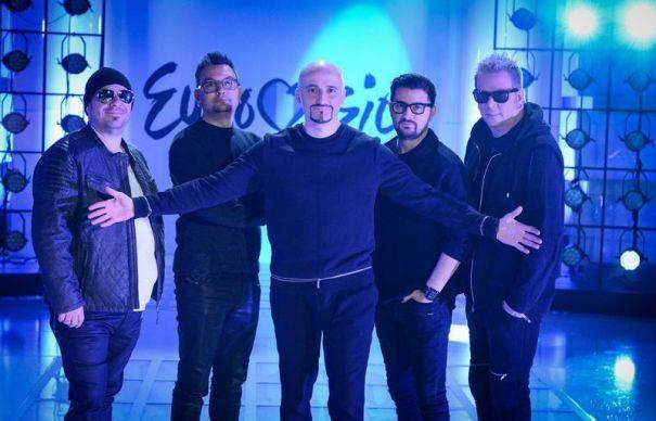 Carla's Dreams, Loredana, Voltaj, Delia şi Andra cântă în Bucureşti de Revelion