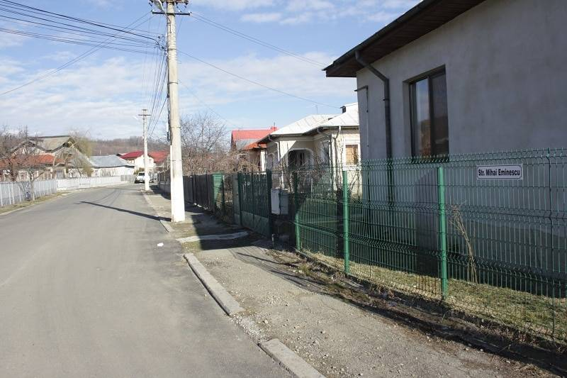 VĂLENII DE MUNTE.Începe programul de asfaltare a străzilor.Progresului şi M.Eminescu – primele care intră în lucru
