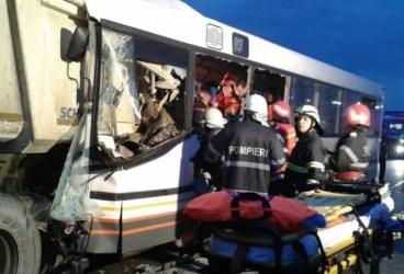 Accident grav pe Centura de Vest: 5 morţi şi 28 răniţi
