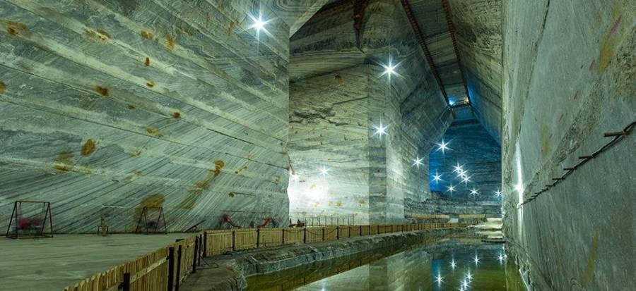 22 de turişti răniţi în tunelul de acces în Salina Slănic