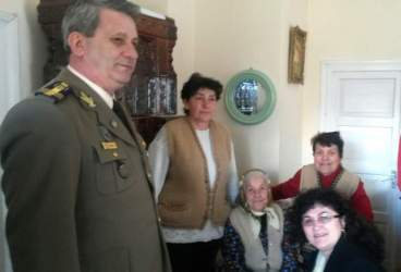 O femeie din Măneciu, sărbătorită, de 8 Martie, la 101 ani