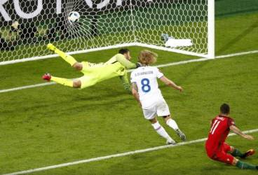 Stieber Zoltan – principele… Austro-Ungariei. Birkir Bjarnason, egalul lui Cristiano Ronaldo!!!
