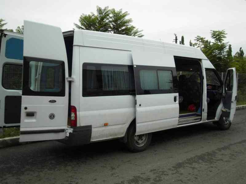 Un bărbat a murit în microbuzul Brebu-Telega