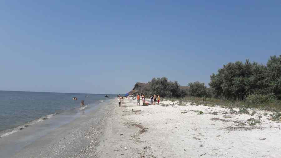 Cea mai spectaculoasă plajă virgină de pe litoralul românesc bate Mamaia şi Neptun – GALERIE FOTO-VIDEO
