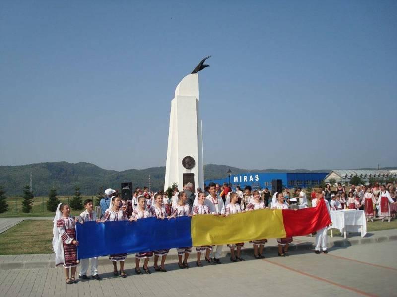 13 Septembrie – Comemorare Aurel Vlaicu la monumentul din Băneşti