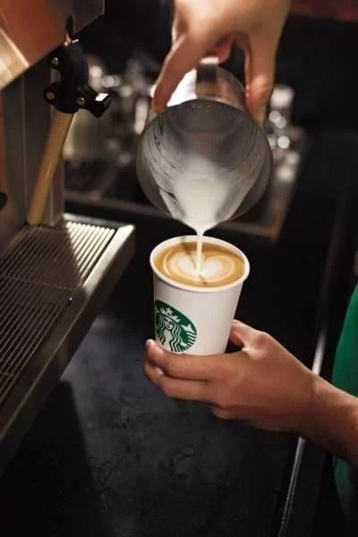 UPDATE – Se deschide cafeneaua Starbucks din Afi Palace Ploieşti