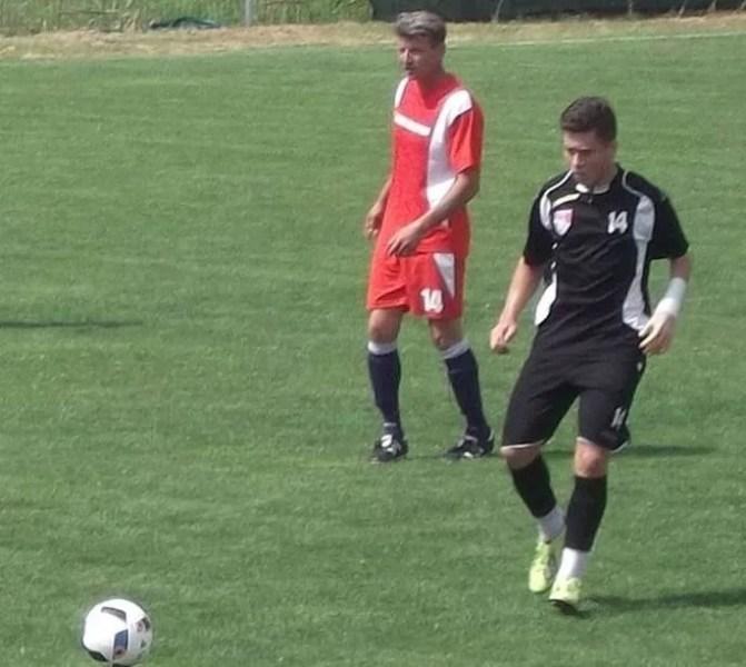 Un junior al falimentarei SC FC Petrolul – golgheterul la zi al Ligii A Prahovei! Cosmin Lambru uimește în atacul Blejoiului