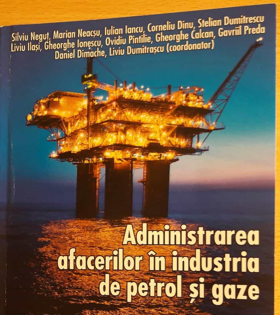 Prof. Liviu Dumitraşcu a pus între coperţi petrol, televiziune şi pedagogie