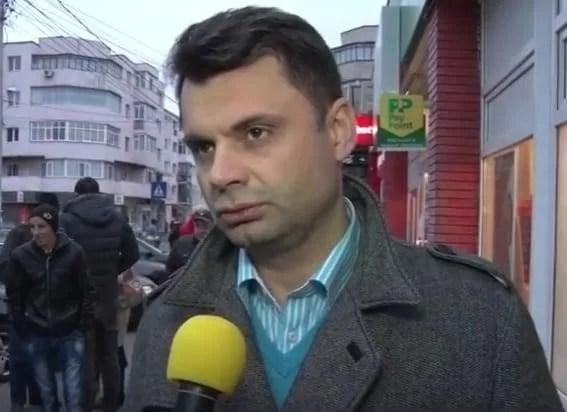 """VIDEO – Primarul Adrian Dobre a început întâlnirile cu ploieştenii pentru promovarea proiectului """"Consilier onorific"""""""