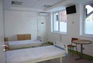 Noul compartiment Fizioterapie al Spitalului Vălenii de Munte poate concura cu orice unitate privată din ţară