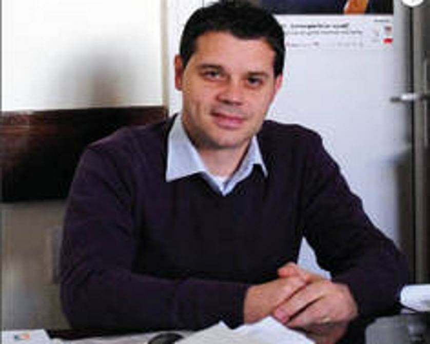 Eduard Crangasu, ziarul prahova.ro