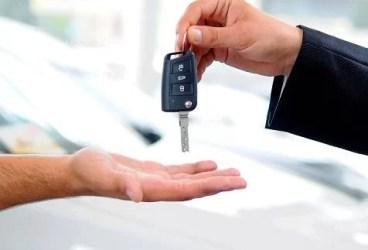 Ai împrumutat maşina? Iată ce trebuie să faci