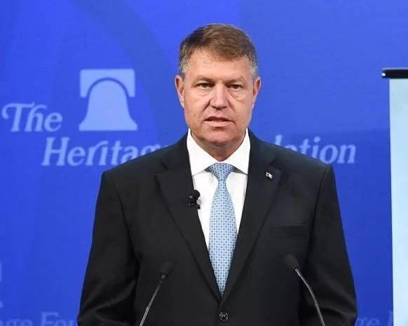 Klaus Iohannis mai dă o şansă PSD şi o desemnează premier pe Viorica Dăncilă