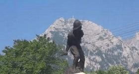 Monumentul din Bușteni – simbol al eroismului ostașului român din Primul Război Mondial