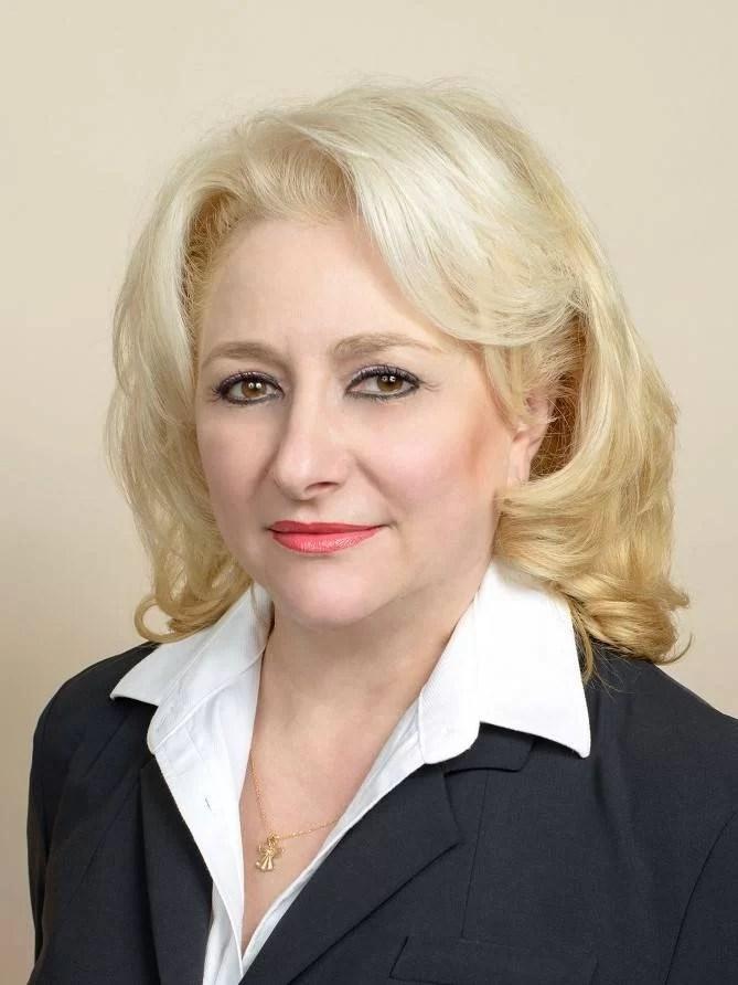 Viorica Dăncilă, propunerea PSD ca premier: de loc din Teleorman şi absolventă de IPG