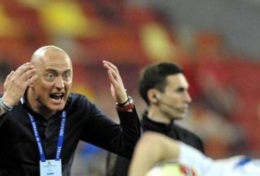Mult a durat până ce astăzi a fost ales noul antrenor principal al Petrolului! Este Leo Grozavu