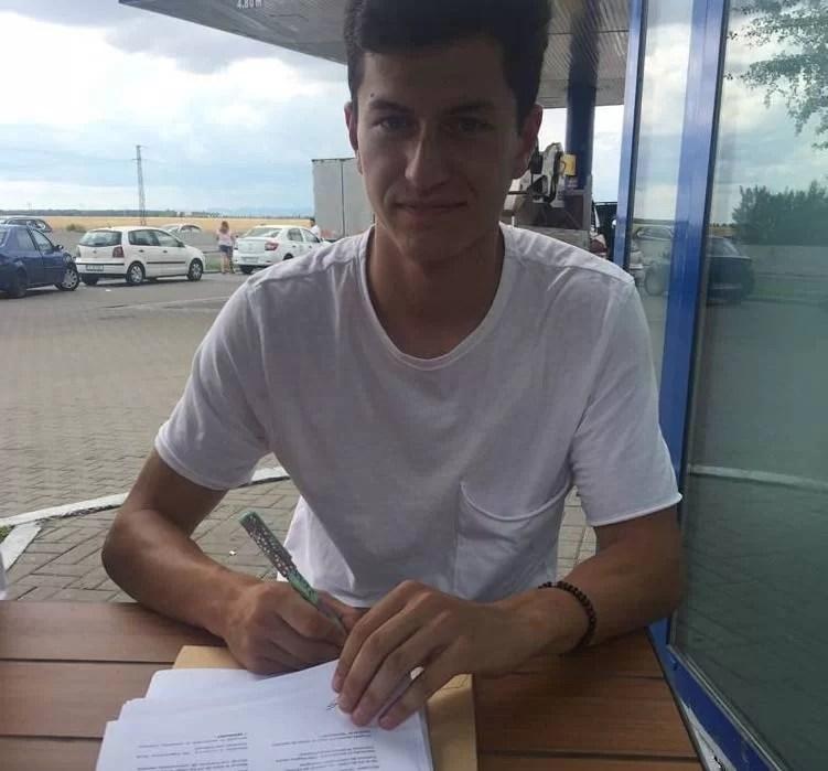 Junele petrolist Alberto Olaru a semnat un contract de impresariat cu o firmă străină celebră!