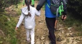 Un grup cu copii, salvat pe vreme rea de pe Jepii Mici