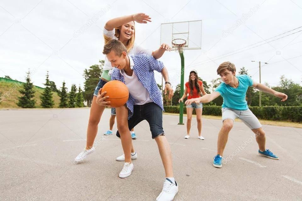 """La Băicoi, """"Bascket pentru adolescenţi şi tineri"""""""