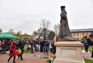 Monumentul Reginei Maria, dezvelit la Blejoi