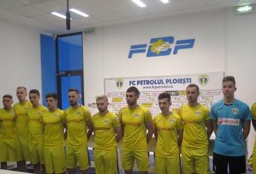 Cum toate echipele din prima parte a ierarhiei Ligii 2 au câștigat etapa aceasta, FC Petrolul trebuie s-o învingă duminică, neapărat, pe Pandurii, la Târgu Jiu!