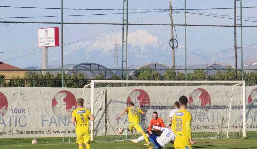 FC Petrolul, la jumătatea stagiului din Turcia. Mai vine un fundaș central? Tordai, sâmbătă dimineață la Lara, iar seara, pe… banca Viitorului, contra Craiovei!