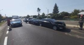 Traficul rutier pe DN1, dat peste cap de un accident la Româneşti