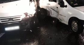 Măneciu, DN1A: Accident de vreme rea cu descarcerare şi 4 răniţi la spital