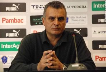 """De astăzi, 15 ianuarie 2020, Costel Lazăr a redevenit, și oficial, """"lup""""! Ex-internaționalul, alesul suporterilor și al fostelor glorii pentru funcția nou-creată, cea de director sportiv la FC Petrolul"""