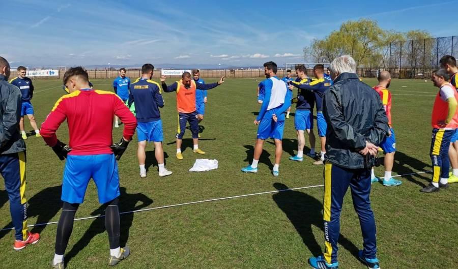 """De pe 18 până pe 23 martie a fost decalată reluarea antrenamentelor lui Laurențiu Marinescu și ale coechipierilor săi! Și după, pentru când? Nici… Mafalda nu cred că """"știe"""", la această oră, data reînceperii campionatului Ligii a II-a de fotbal!"""