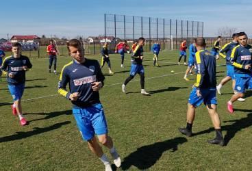 """Veste tristă, dar de așteptat, pentru suporterii Petrolului: antrenamentele nu se vor relua, mai mult ca sigur, nici luni, 23 martie 2020. Coronavirusul  se """"opune"""" în continuare, din răsputeri, fotbalului, dar nu numai!"""