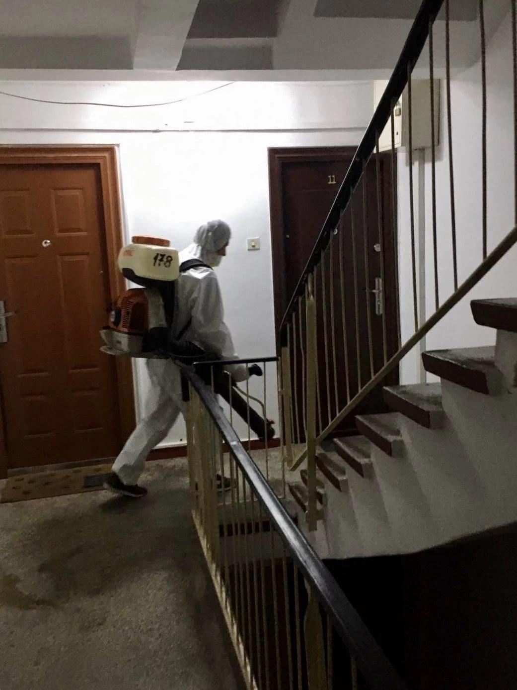 Primăria Ploieşti anunţa operaţiuni de dezinfecţie la blocurile de locuinţe