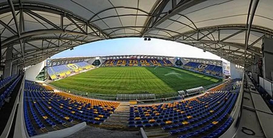 Cum ar arăta din nou arena Ilie Oană fără spectatori? La fel de trist, deși, de data asta, fără să mai fie suspendată Petrolul, pentru diverse motive justificate sau nu!