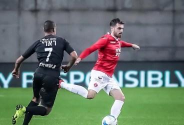 Au mai apărut și seniori transferați la FC Petrolul Ploiești. Trei străini și un român au semnat contracte pe durata obișnuită: un sezon! Unul dintre ei, de fapt, și-a prelungit angajamentul