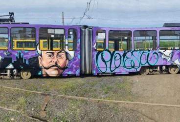 Tramvaiele din urbea lui Nenea Iancu desenate simbolic
