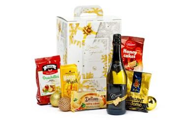 De ce este mai bine să comanzi coșuri cadou de Crăciun dintr-un magazin online specializat