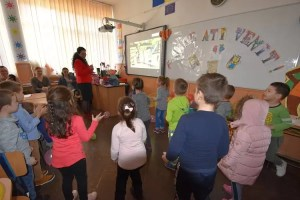 A început înscrierea copiilor în clasa pregătitoare - mii de dosare vor fi depuse în județul nostru