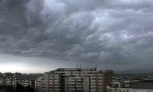 COD GALBEN de furtuni și vânt puternic în 19 județe ale țării