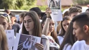 Marș inițiat de colegii Alexandrei Măceșanu. Oamenii vor picheta și casa lui Gheorghe Dincă
