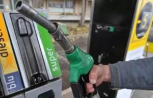 Guvernul Orban vrea să elimine supraacciza la carburanți și suprataxa pe part-time