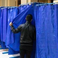 Un bărbat a votat de două ori la Olt