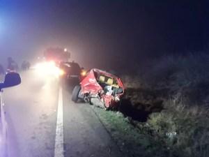 Mașină strivită de un TIR! Cinci victime în urma impactului
