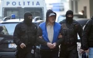 Dincă și complicele său rămân în arest