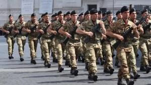 Unităţile militare din Caracal și Deveselu caută soldaţi