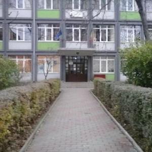 Gripa mai închide o clasă de la 'Nicolae Iorga'