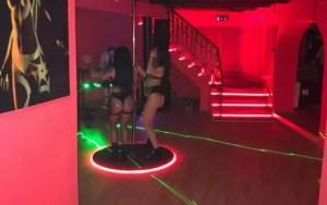 CARACAL: Patronii clubului de striptease după gratii, clienții filmați în 'acțiune'