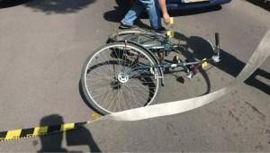 Arestat după ce a lovit un biciclist cu mașina